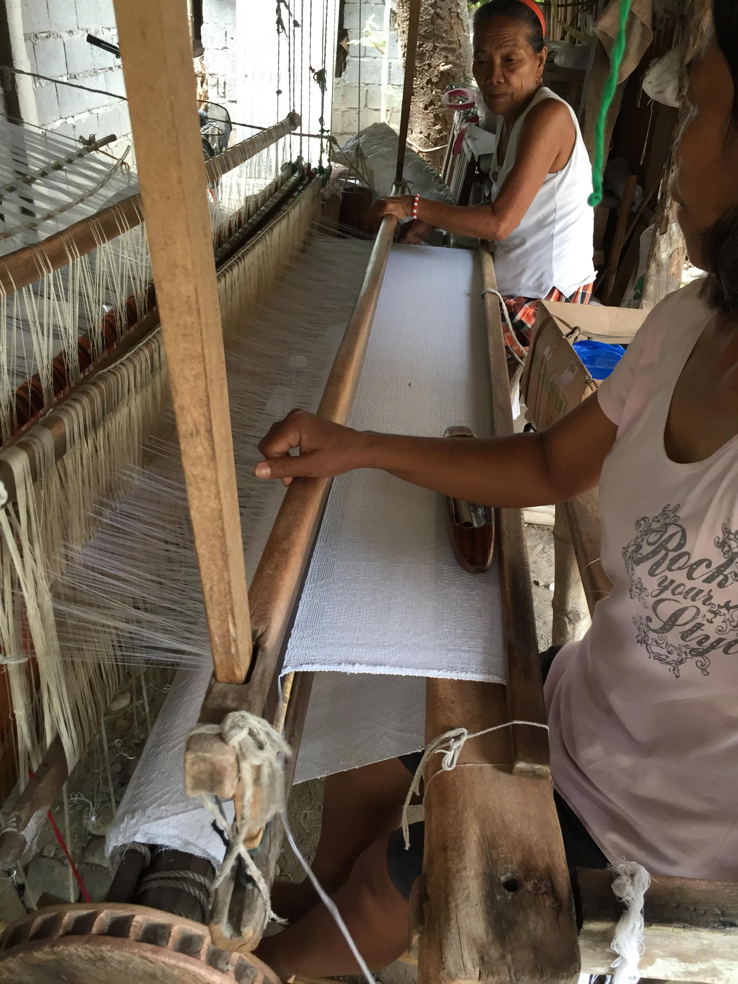 Weavers from La Union can make blankets